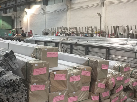 Workshop warehouse